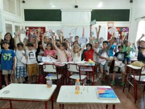Alumnos en un aula del Colegio Saint Paul, educación primaria.
